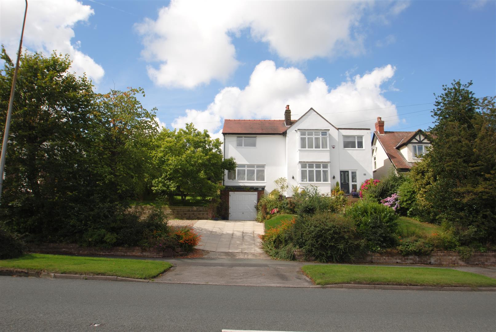 4 Bedrooms Property for sale in London Road, APPLETON, WARRINGTON, WA4